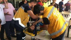 Yolun karşısına geçerken otomobilin çarptığı çocuk yaralandı