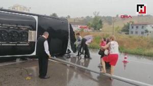 Çanakkalede yolcu otobüsü devrildi