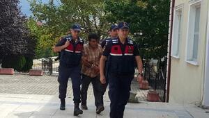 6 yıl hapis cezasıyla aranan zanlı sahte kimlikle yakalandı