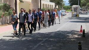 Bodrumda, Yunan adalarına geçmek isteyen 9 FETÖ şüphelisi yakalandı