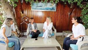 İstanbul'da eşler buluşması