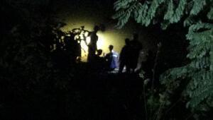 Araç baraja uçtu 4 kişinin cansız bedenleri bulundu