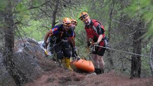 Kanyonda sele kapılan dernek üyesi öldü, 4 arkadaşı kurtarıldı