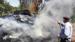 Depo yangınında, 300 balya saman kül oldu