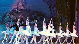 Aspendos'ta opera ve bale şöleni