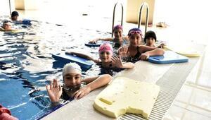 Mamak'ta yüzme havuzuna yoğun ilgi