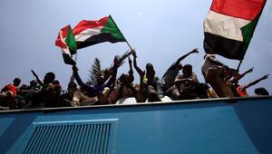 Sudanda yeni konseyin ilanı 48 saat ertelendi