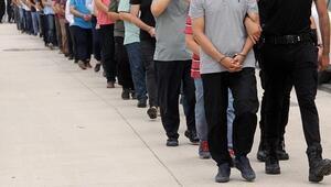Balıkesir merkezli 11 ilde FETÖ operasyonu : 8i muvazzaf 11 gözaltı kararı