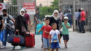 Kurban Bayramında ülkelerine giden Suriyeliler dönüyor