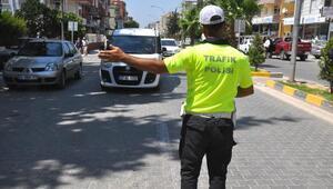 Hatay'da, trafik denetimlerinde 3 bin 821 araç sürücüsüne ceza yazıldı