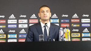 Juventus, Merih Demiral için imza töreni düzenledi Tarihi imzada itiraf...