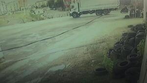 Sultanbeylide kamyonunun motosikletteki iki kişiyi ezme anı kamerada