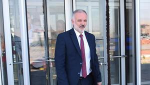 HDPli Kars Belediye Başkanı Ayhan Bilgen adliyede