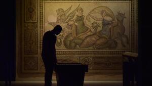 Zeugma Mozaik Müzesine ziyaretçi ilgisi