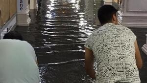 Su baskını esnafı vurdu