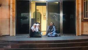 Oturma eylemi başlattı Oğlum HDP binasına girdi bir daha çıkmadı