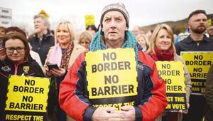 Kuzey İrlanda'da terör hortlarsa