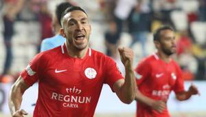 Galatasaraydan Mevlüt Erdinç sürprizi Transfer...