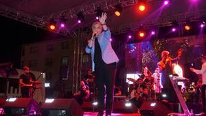 Cengiz Kurtoğlu, Marmaraereğlisinde sahne aldı