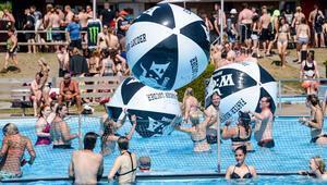 Berlin'de havuz sezonu uzatıldı