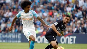Fenerbahçeden son dakika transfer bombası Adil Raminin ardından Luiz Gustavo ile...