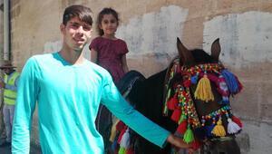 Mardin'de atlı turizm dönemi