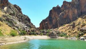 Fotoğraf tutkunlarının yeni adresi: Saklıkapı ve Karaleylek kanyonları