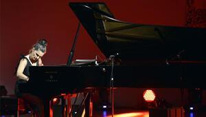 Ünlü piyanist Odelia Sever Türkiyeye geliyor