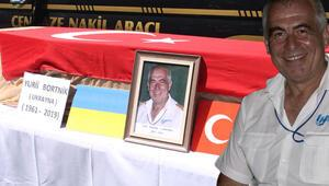İzmir yangınında da görev yapmıştı Kahraman pilot için tören