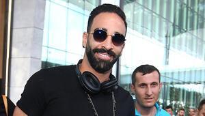 Fenerbahçede Adil Rami sağlık kontrolünden geçti