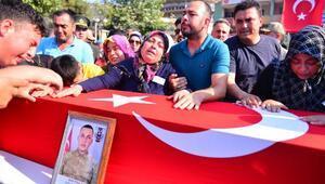 Şehit Sözleşmeli Er Yılmazı binlerce hemşehrisi uğurladı