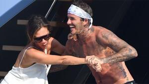 Beckham ailesi tatile çıktı Önce denize atmaya çalıştı sonra...