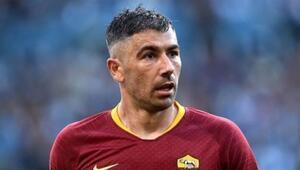 Son Dakika: Kolarov imzayı attı Fenerbahçe istemişti ama...