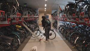 Dünyanın en büyük bisiklet parkı açıldı