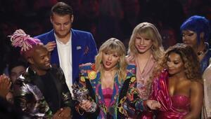 Tüm zamanların en iyi klibi Taylor Swiftin