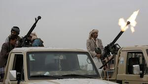 Husiler Suudi Arabistanın Cazan bölgesindeki askeri kampı vurdu