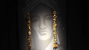 Troya Müzesindeki işçi hazineleri ilgi çekiyor