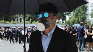 Hong Kongda maskeli protestocuları ifşa edene ödül vaadi