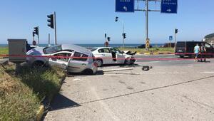 Zonguldakta otomobiller çarpıştı: 2si çocuk 6 yaralı