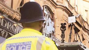 İngiltere'de gizli kamera isyanı