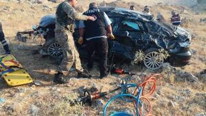 Tatile giden astsubay ve ailesi trafik kazasında yaralandı