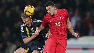 Son Dakika: Galatasaraya yazılan Mevlüt Erdinç Fenerbahçe ile anlaştı   Transfer Haberleri