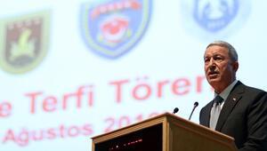 Son dakika Bakan Akardan FETÖ ile mücadele, Pençe harekâtı ve İdlib açıklaması...
