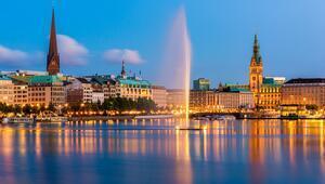 Gönülçelen Hamburg: Kıpkırmızı, havalı ve görkemli...