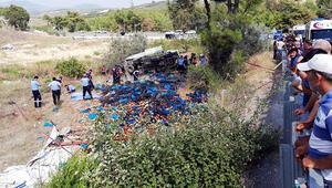 Mersinde feci kaza: 4 ölü