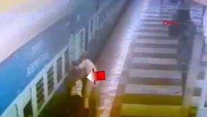 Ayağı tren ile platform arasına sıkıştı