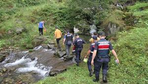 Rizede ekipler yaylada kaybolan 6 kişi için seferber oldu