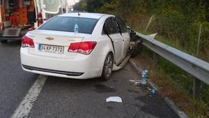 Otomobil, emniyet şeridindeki otomobile çarptı: 1 ölü, 9 yaralı