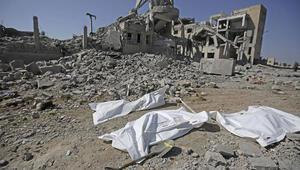 Suudi Arabistan saldırdı... Çok sayıda ölü var