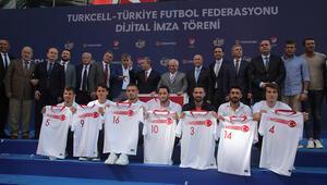 TFF ile Turkcell arasındaki ana sponsorluk sözleşmesi uzatıldı